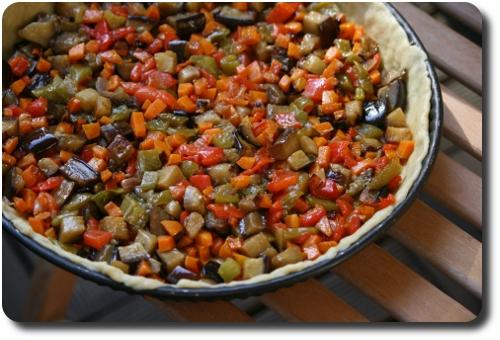 tourte aux l gumes d 39 t aubergines poivrons et carottes en p te bris e l 39 huile d 39 olive. Black Bedroom Furniture Sets. Home Design Ideas