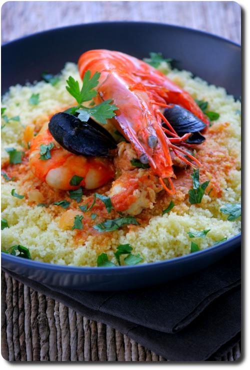 plat ou saladier en forme de poisson