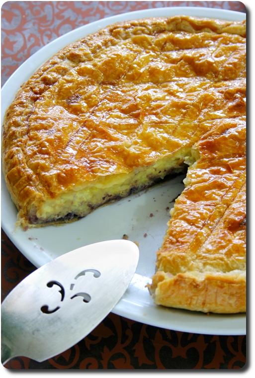 Dégustation de la galette des rois à la crème pâtissière à la ricotta, myrtilles et zeste