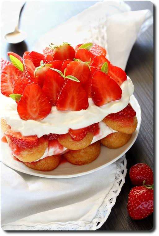 Recette tiramisu fraise speculoos sans oeuf recettes de - Tiramisu fraise sans mascarpone ...